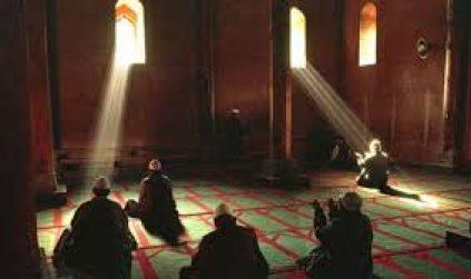 Ratusan Ikhwan Al-Jama'ah Makmurkan I'tikaf di Masjid-Masjid