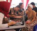 UAR Al-Fatah dan MER-C Bantu Pengobatan Gratis Korban Banjir di Bekasi